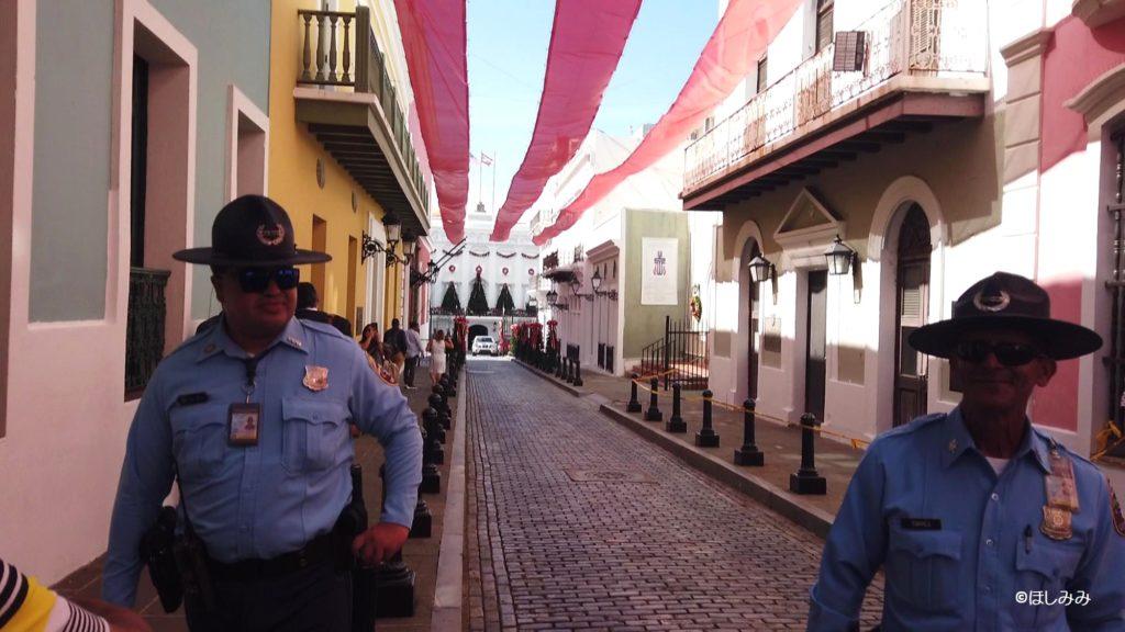 ラ・フォルタレサの入り口